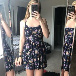 Hollister Dresses - Floral Dress